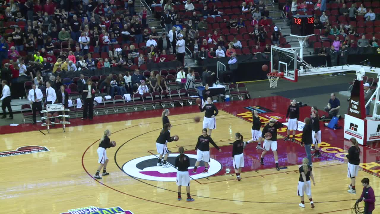 HCHS 56, Western Dubuque 46-State Championship Victory in 2015