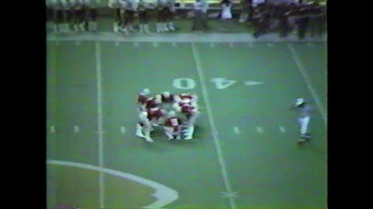 HCHS 26, Oskaloosa 0-State Championship Victory in 1983